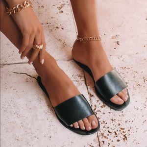 Billini Black Henry Flat Sandals